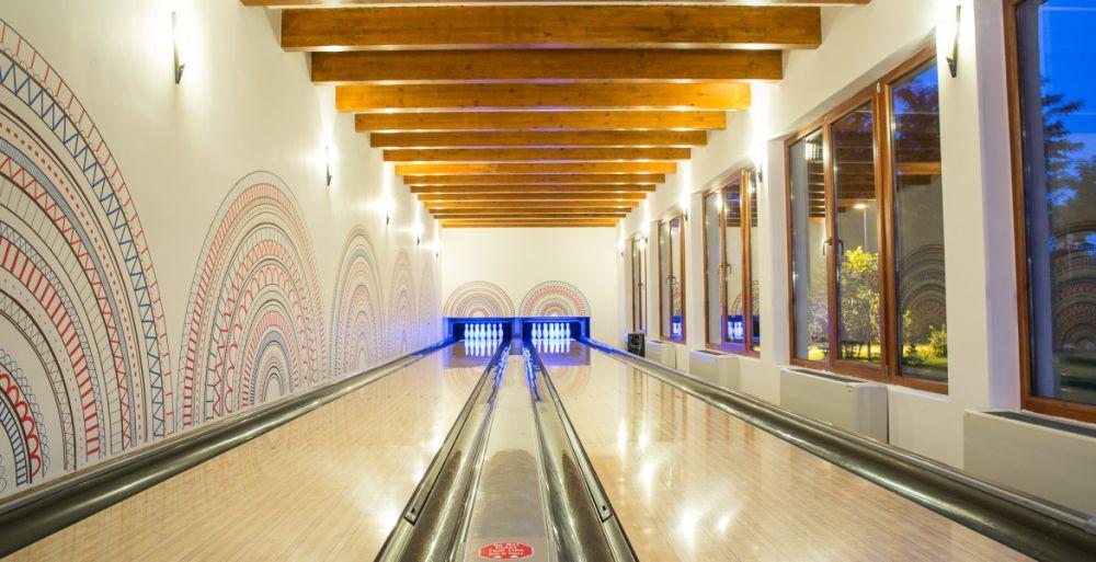 Bowling, Acacia Village