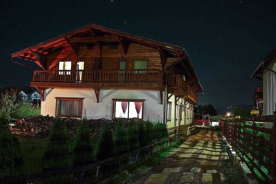 Casa Tolstoi Noaptea