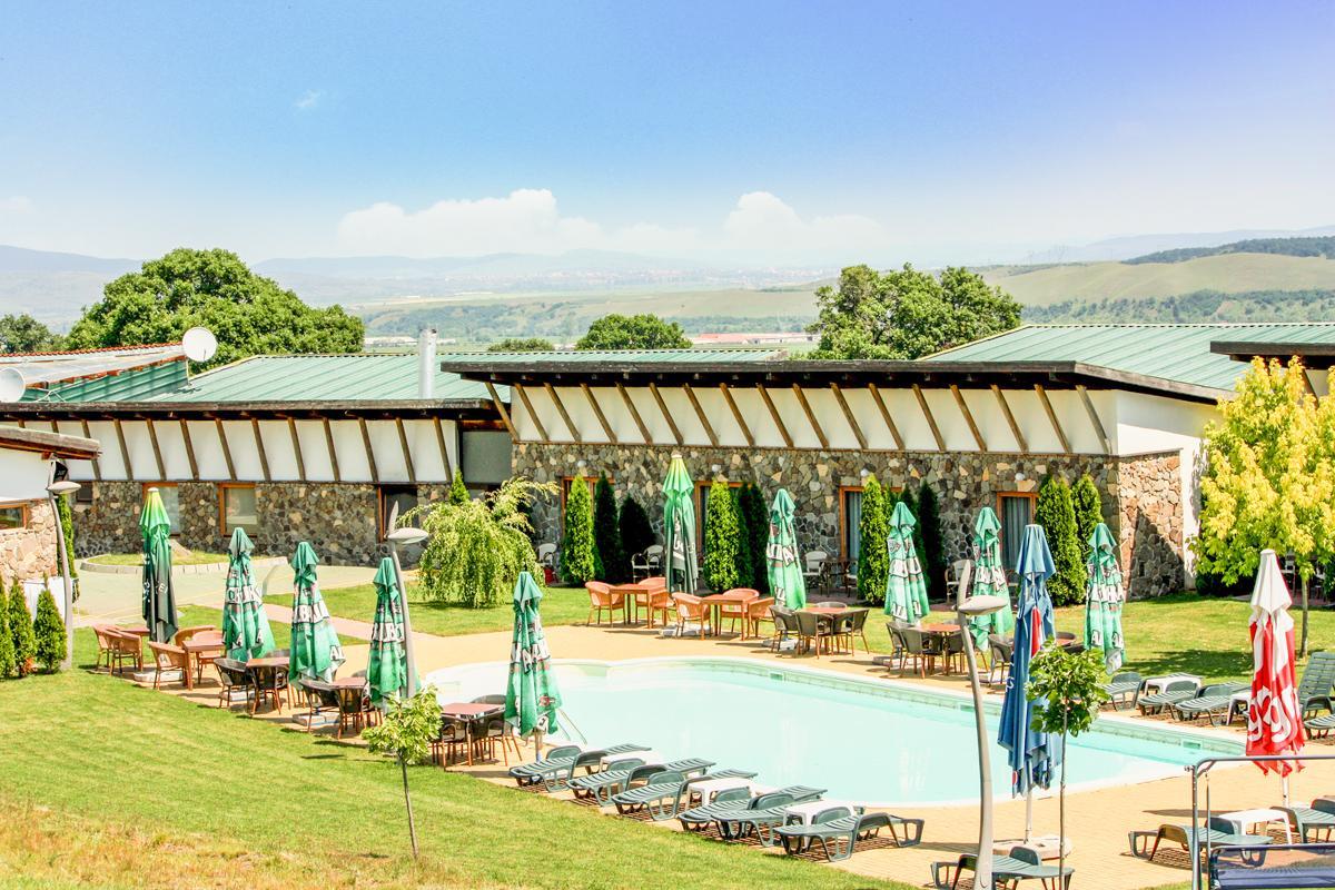 Piscina, Golf Hotel Pianu