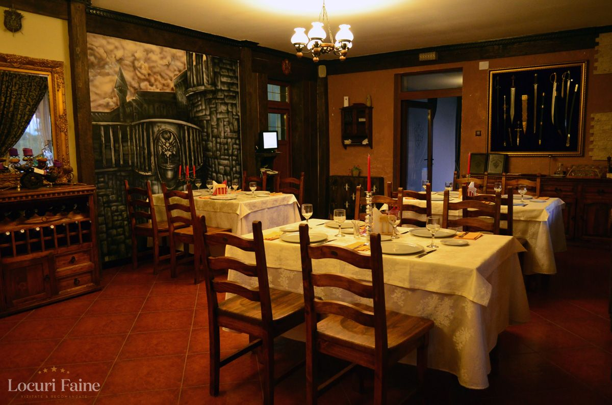 Restaurant, Castelul Lupilor