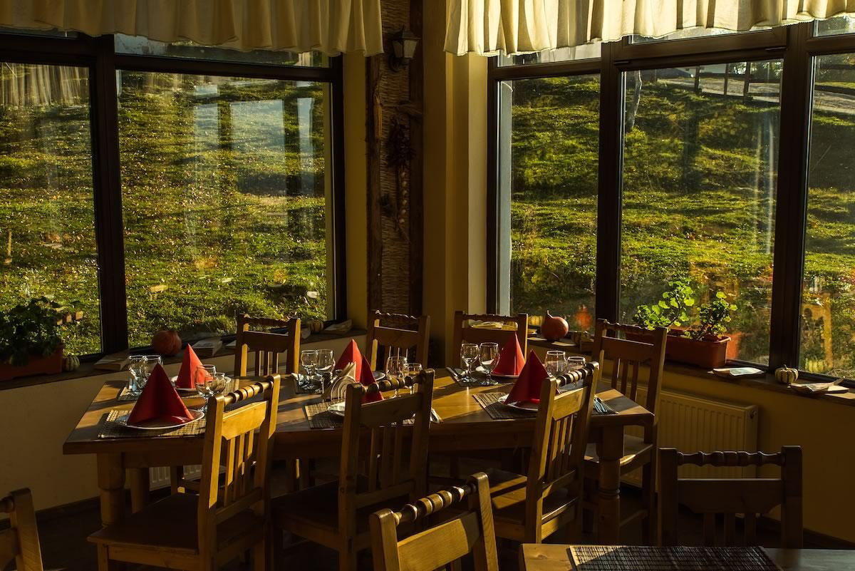 Restaurant, Satul Prunilor