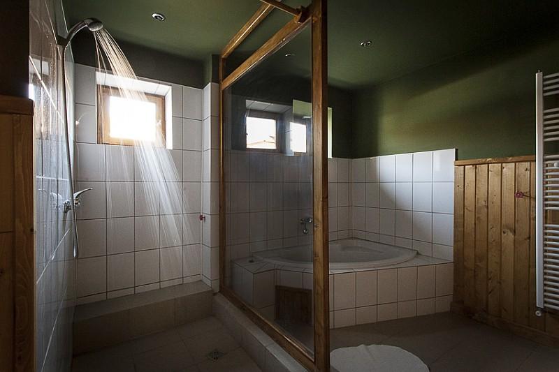 Toaleta Casa Cund, Valea Verde