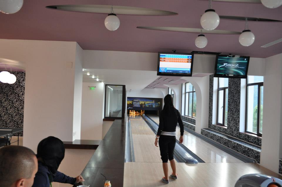 Bowling, Hotel Valea cu Pesti