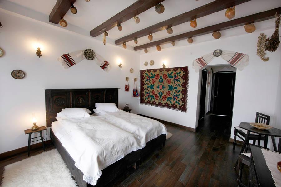 Camera Traditionala, Conacul Archia