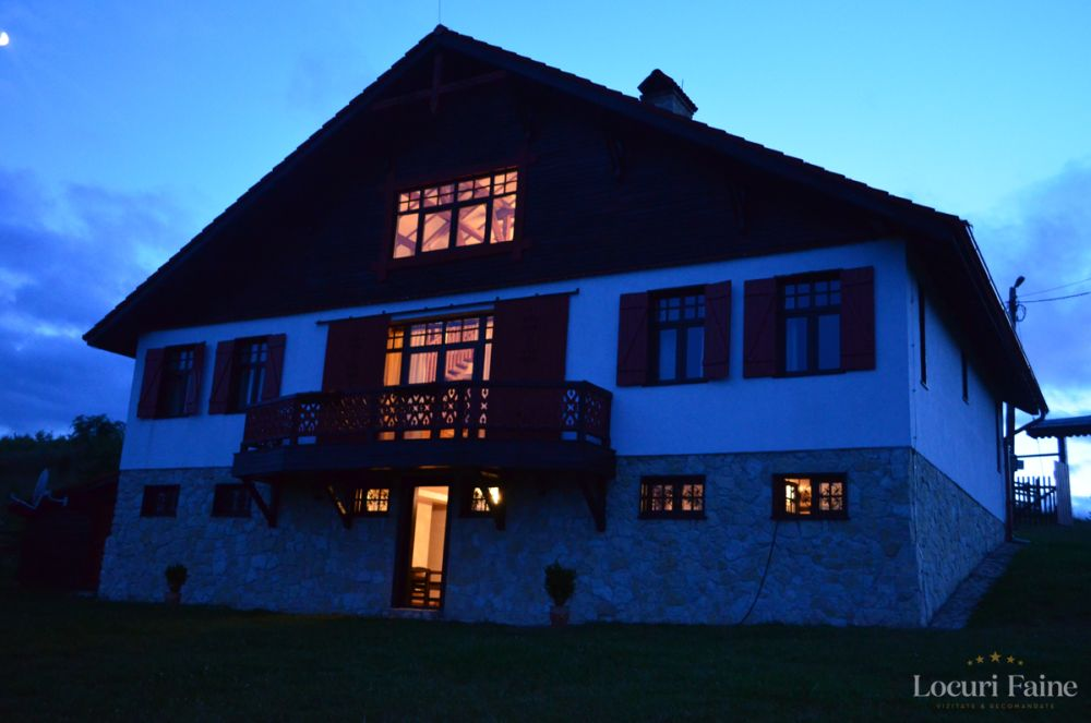 Casa Konigstein Noaptea