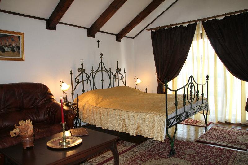 Cameră, Castelul Printului Vanator