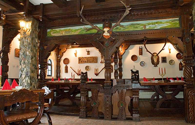Restaurant Casa Taraneasca, Castelul Printului Vanator