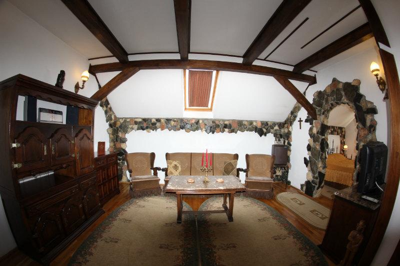 Sala Conferinte, Castelul Printului Vanator