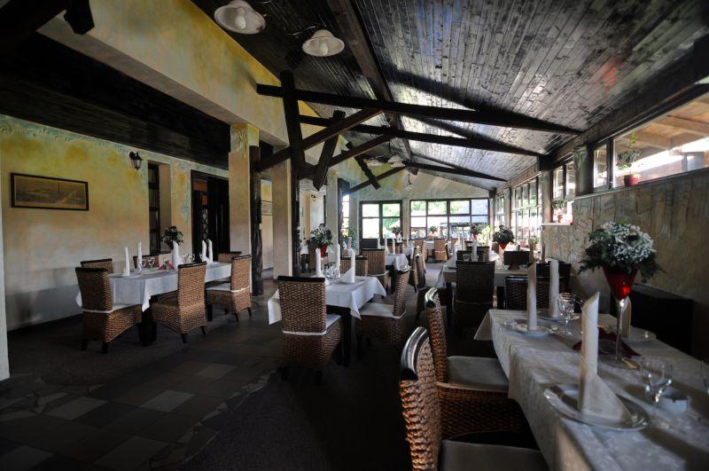Restaurant, Conacul Zaicesti