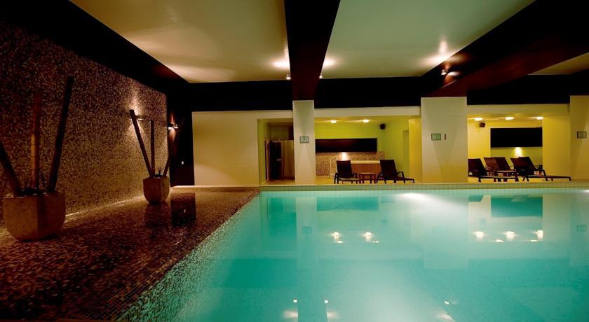 Piscină Interioară, Hotel Clermont