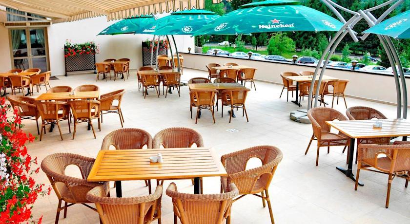 Terasă, Hotel Clermont