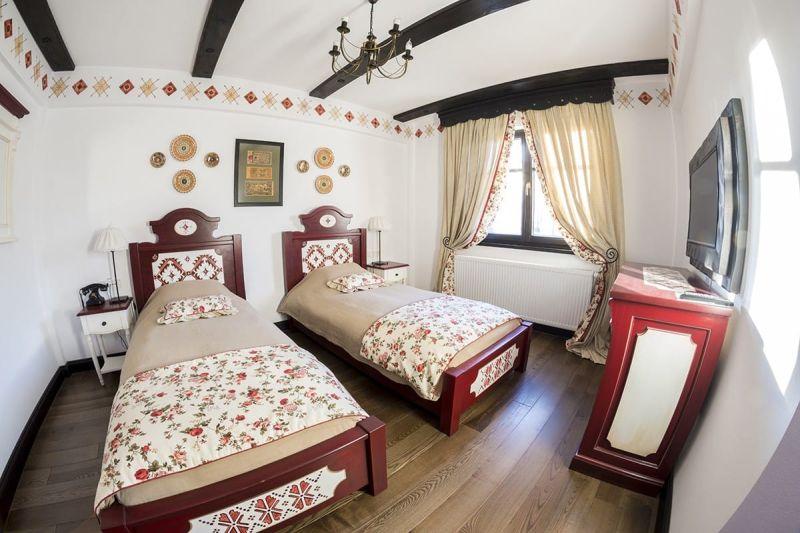 Camera Transilvania, Conacu' Boierului