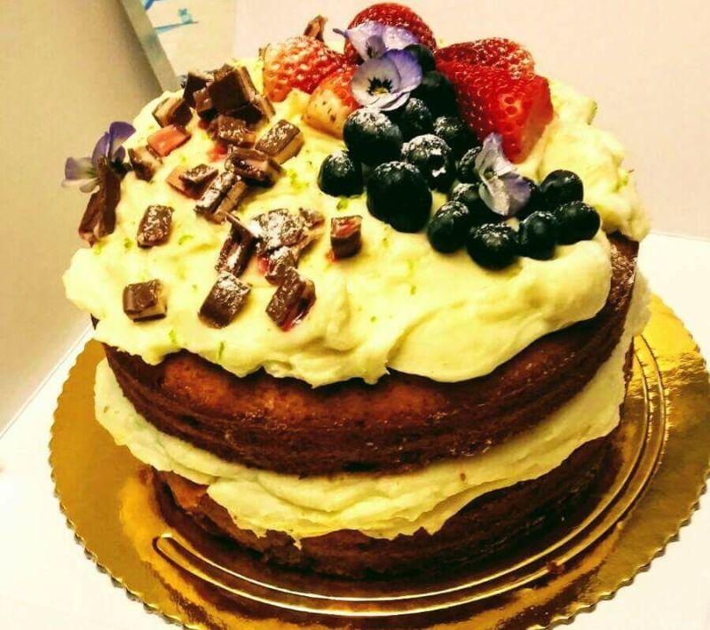 Hummingbird Cake la Dell Arte Pitesti