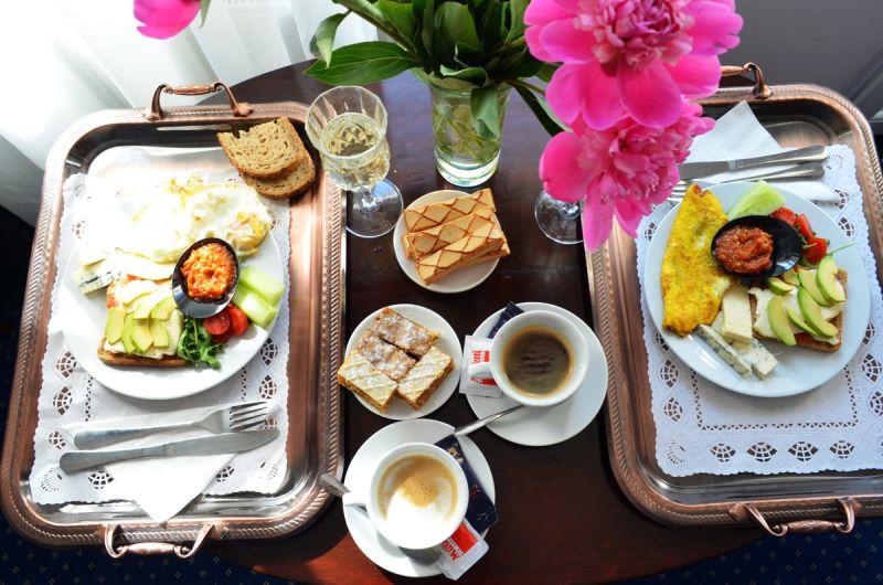 Mic dejun aristocrativ la Annapolis Brasov